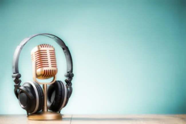 Как привлечь клиентов через сарафанное радио